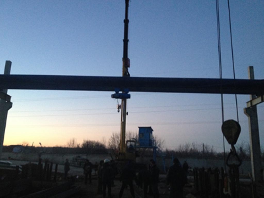 Мостовой однобалочный опорный кран для ООО «Фибратек»