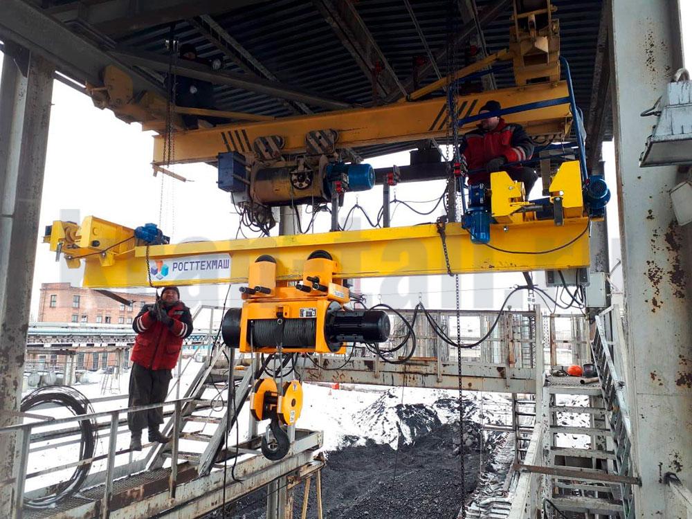 Мостовой однобалочный кран на выгрузке угля